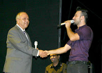 Tarkan and Mayor Bulutoglulari