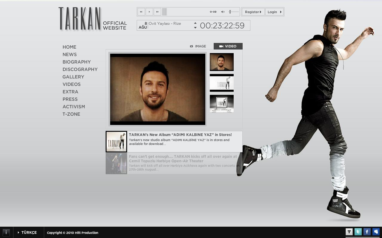 Tarkan leaves a welcome message on his official site