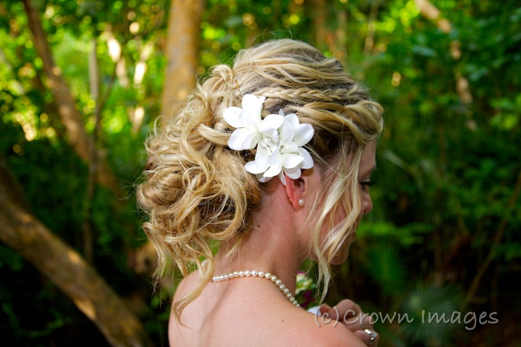 Beach Flower Wedding Hairstyles Short Hair | Short ...