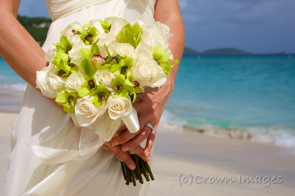 June 2012 Beach Wedding… White And Green Flower/greens