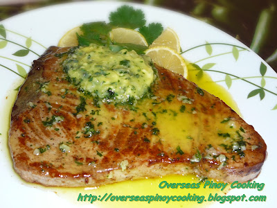 Tuna Steak with Butter Garlic and Parsley Sauce