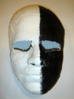 palabra e imagen 1: Mascara de Yeso- Luis Raúl Huerta Miranda