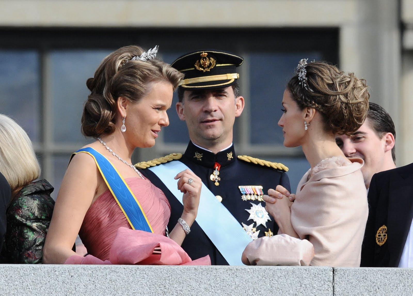 37714-by-mah0ne-princess-letizia-at-the-wedding-of.jpg