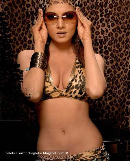 Celina Jaitley Topless - Homemade Porn-1509