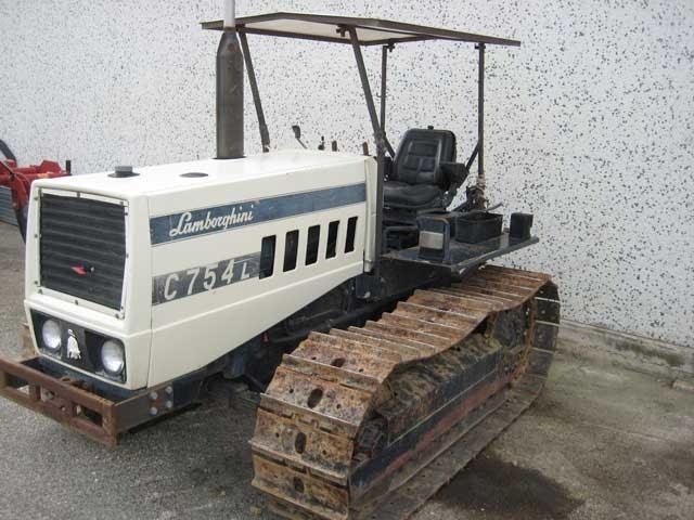 Attrezzature agricole trattore usato lamborghini 753 for Attrezzatura agricola usata lazio