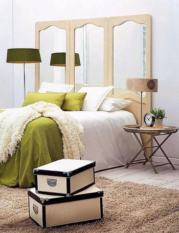 Aqui otros ejemplos de cabeceras de espejos o espejos en for Espejos largos para dormitorio