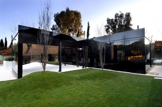 fachada negra casas modulares a cero fachadas de casas y casas por dentro. Black Bedroom Furniture Sets. Home Design Ideas