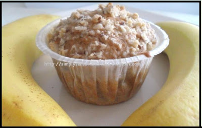Moist Apple Crumble Cake Recipe