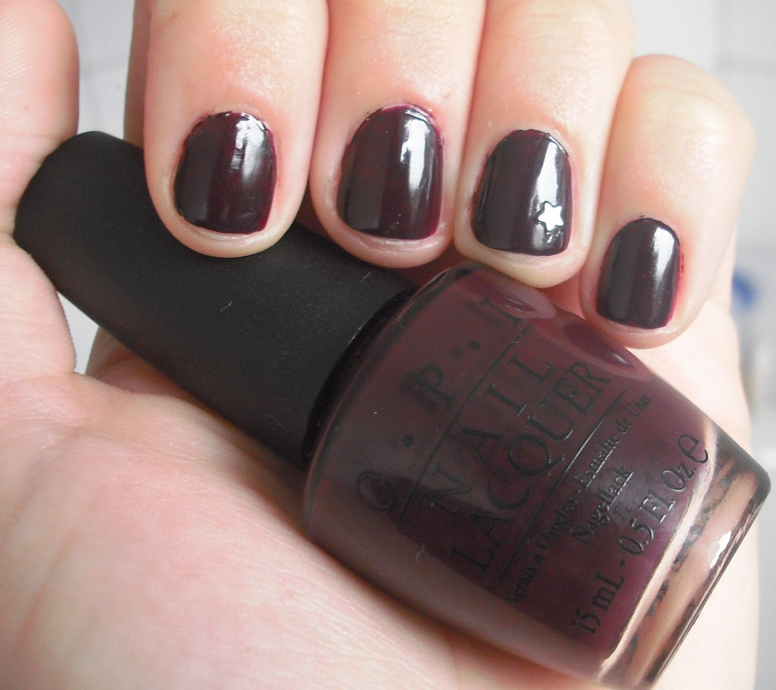 Nagellack Dunkelrot Hello Pretty Nagellack Des Tages William Tell Me About Opi