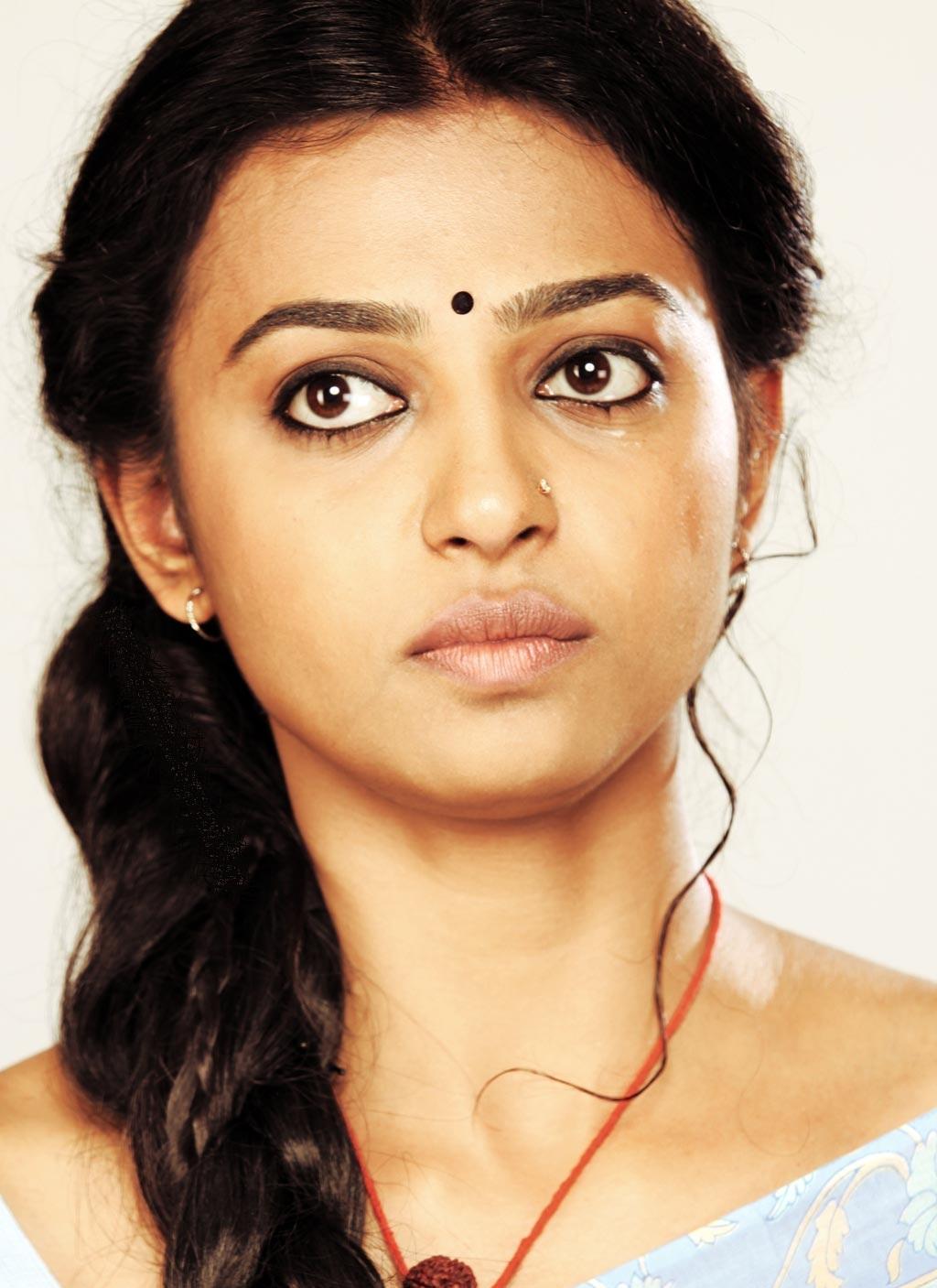 Desi Babes Radhika Apte Rakta Charitra Actress Panjabi -7549