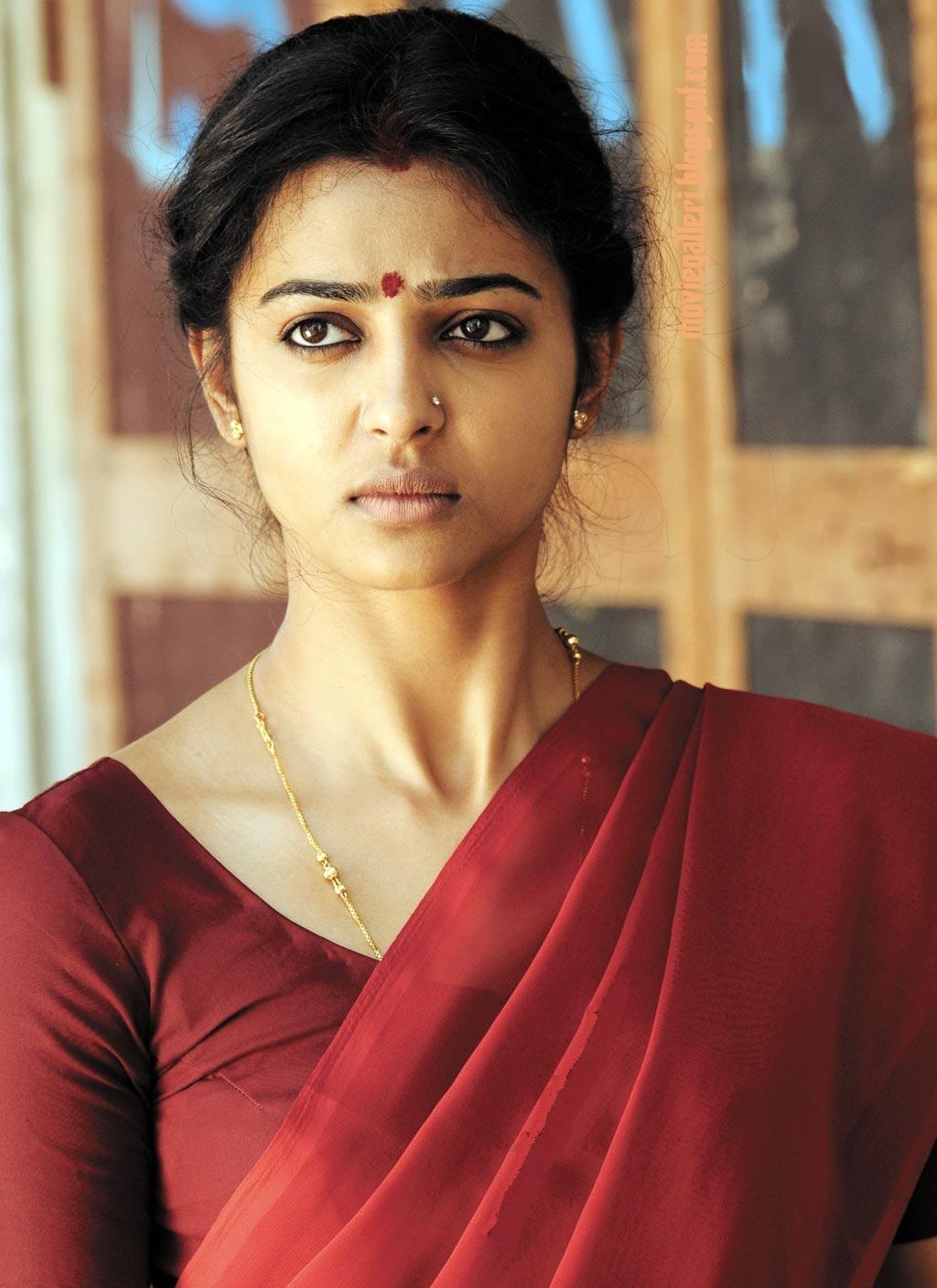 Desi Babes Radhika Apte Rakta Charitra Actress Panjabi Herione-8608