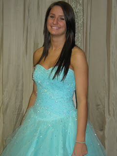 607754406e I Love Prom  Amelishan Prom Features Kelly From Mukwonago Highschool