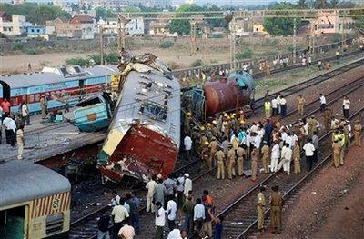 INDIAN RAILWAYS: CHENNAI TRAIN ACCIDENT IN INDIA APRIL29,2009  Indian Railway Accidents