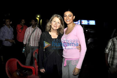 Sally Potter meets Anil Kapoor and Sushmita on the sets of No Problem pics