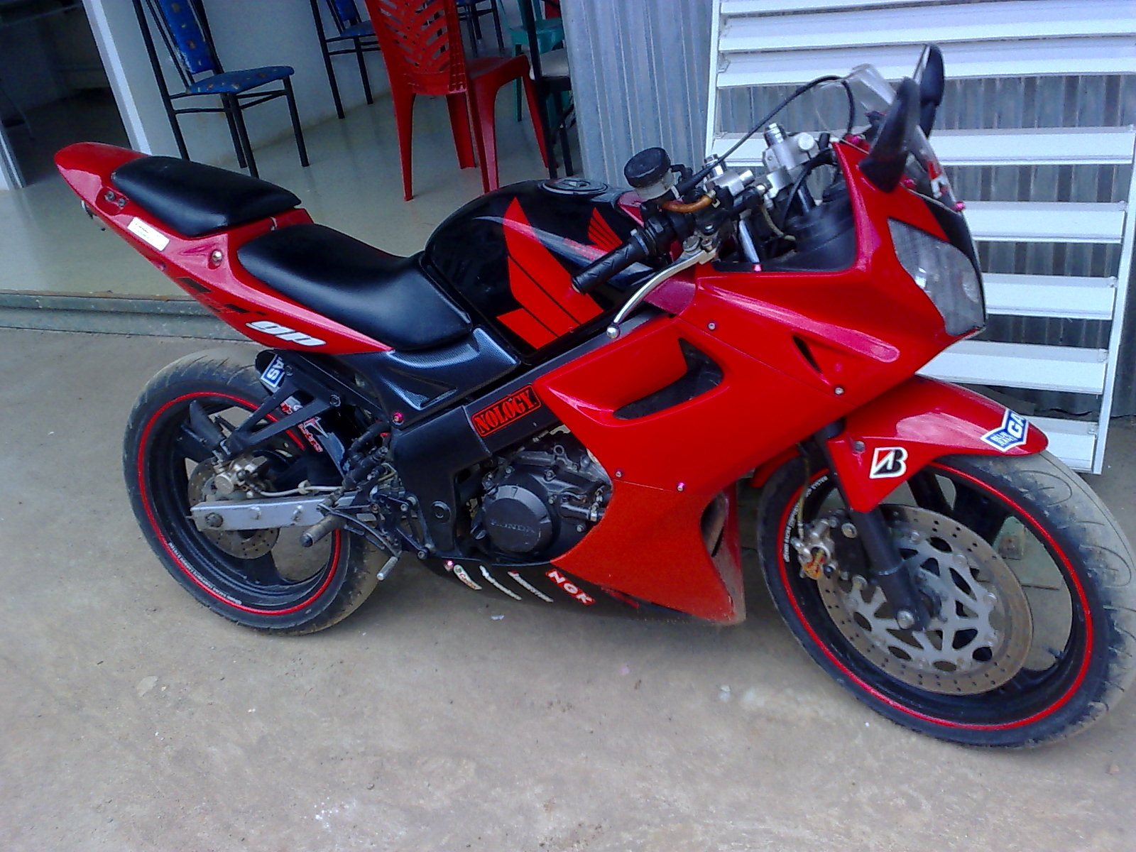 Modifikasi Full Fairing Honda Verza