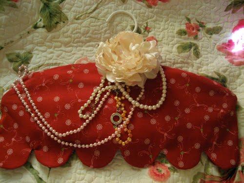 Lyckoslanten Klänning för mina pärlor