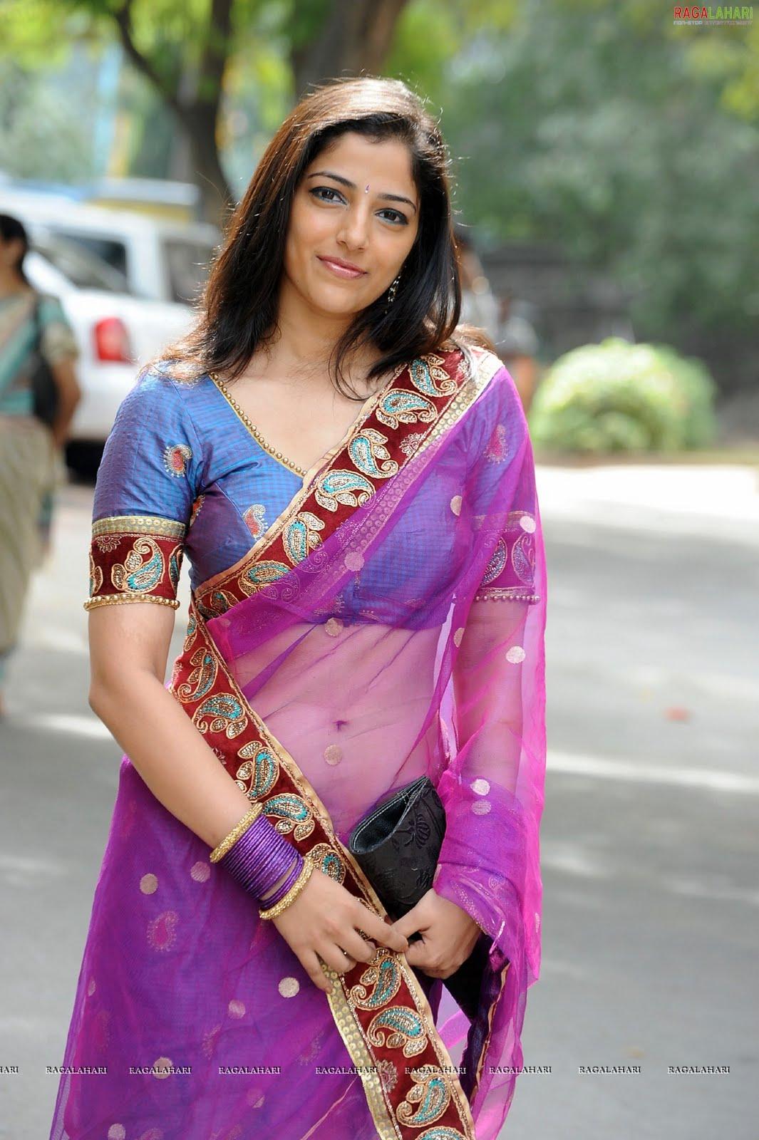 cute photos telugu actress nishanti evani new hot photos