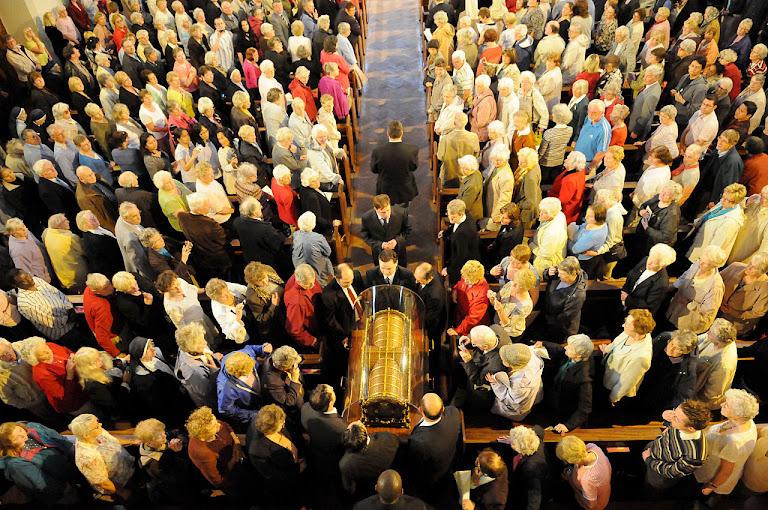 Peregrinação das relíquias de Santa Terezinha, Cardiff, outubro de 2009