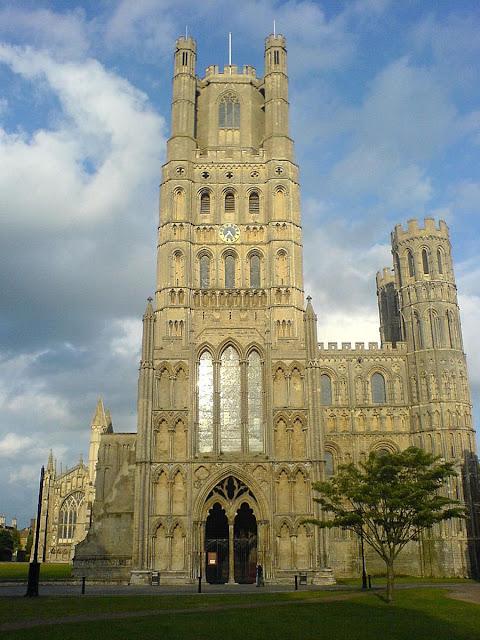 """A catedral de Ely, apelidada """"o navio do Fens"""""""