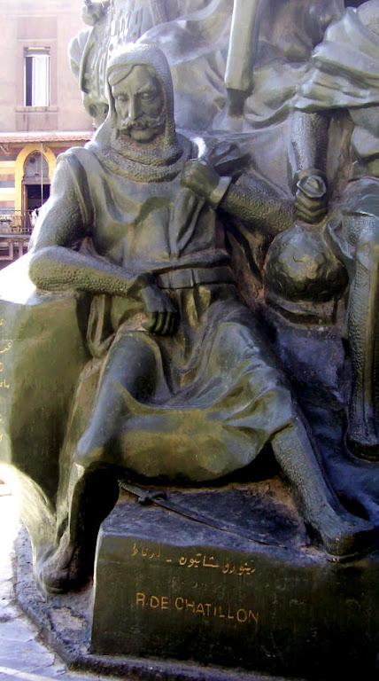 Renaud de Chatillon, turbulento e belicoso vassalo
