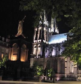 Clermont-Ferrand, Praça onde o santo Urbano II pregou a Primeira Cruzada