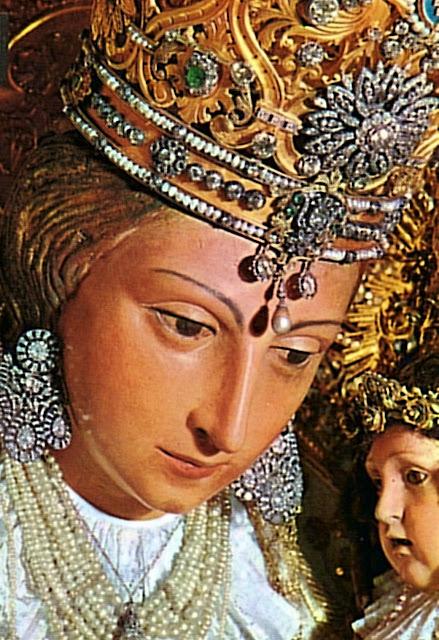 Nossa Senhora dos Desamparados, Valencia, detalhe