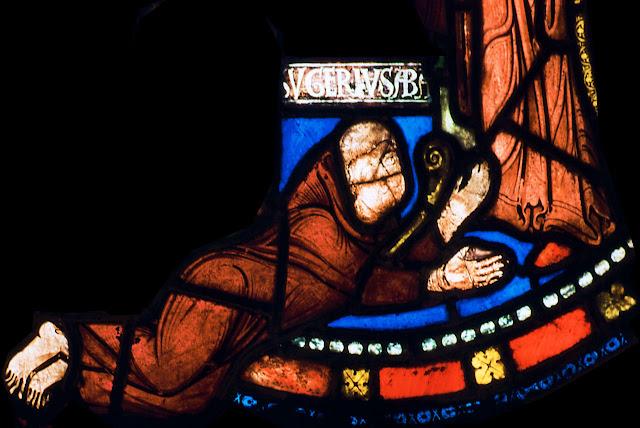 O abade Suger aos pés de Jesus Cristo, vitral da abadia de Saint-Denis