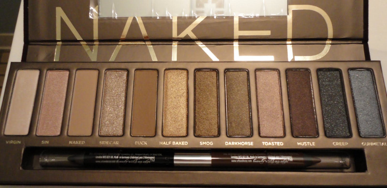 Never Enough Gloss Urban Decay Naked Palette Review-6822