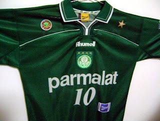 O que você pensa sobre usar estrelas na camisa  Gostaria de ver alguma em  referência à Copa Rio  Que cor seria  2fae6b837c2ab