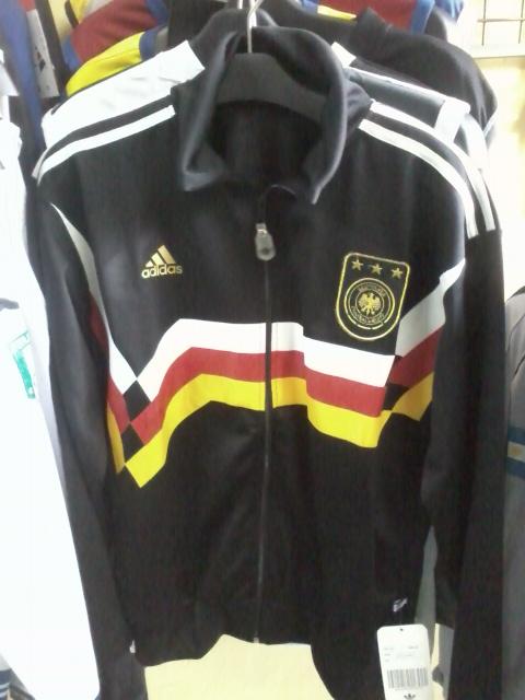gudang baju bola: ready dtok jaket timnas piala dunia 2010