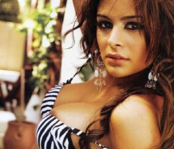Lingerie Model Larissa Riquelme Will Do A Naked Run If