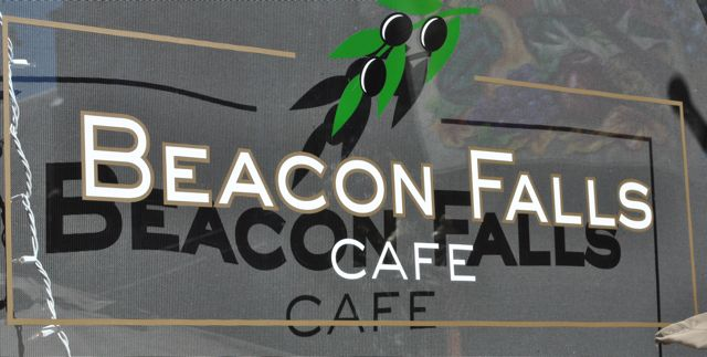 Burgers and Brews Food Reviews: Beacon Falls Cafe, Beacon, NY