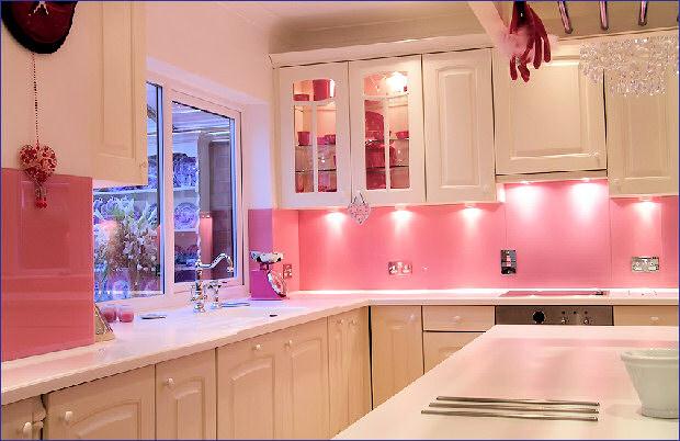 Contemporary Modern Pink Kitchen Decorate Ideas