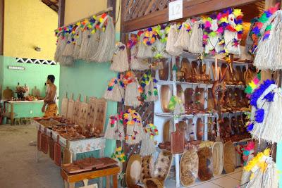 Feirinha de artigos indígenas em Coroa Vermelha - Porto Seguro - BA