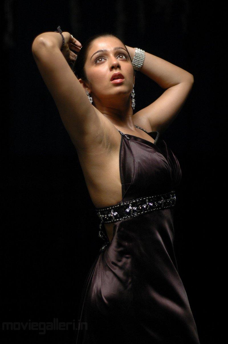 Wallpaper Charmi Hot Mangala Movie Stills-9626