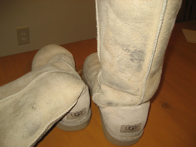 how to clean uggs at home