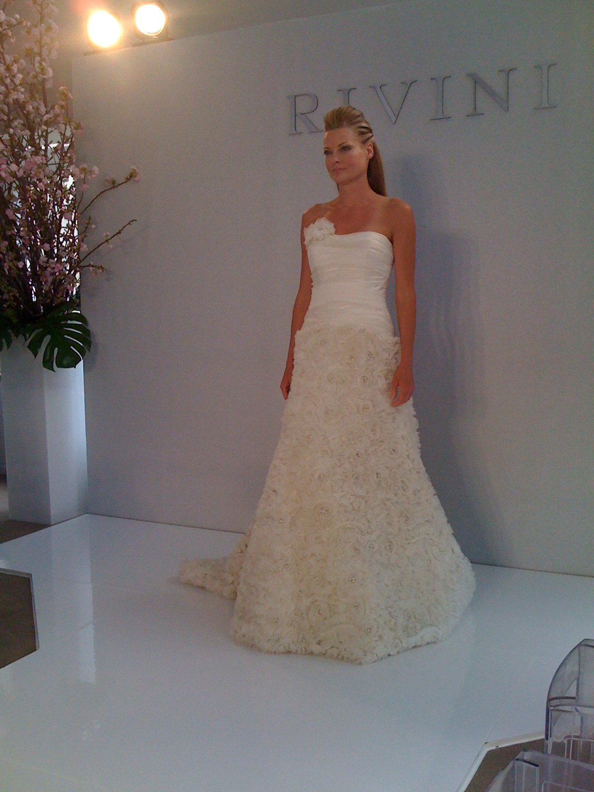 New York Bridal Market For 2017 Wedding Dresses