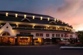 KUMPULAN FOTO Hotel Ambacang Ambruk KORBAN Gempa Terbaru Padang 2009 Sumatera Barat Indonesia HANCUR Digoyang GEMPA