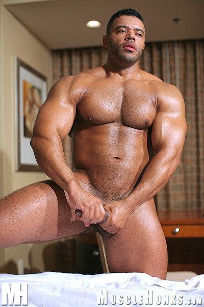 Www muscle hunks com