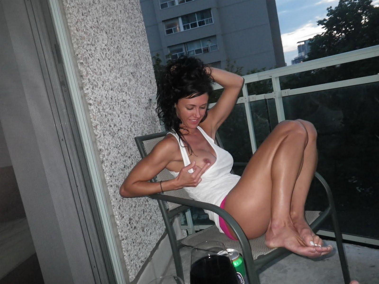 Sexy Horny Milf Pics