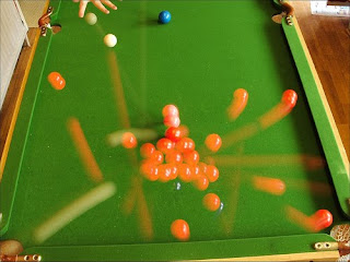 Empty photons are like billiard balls