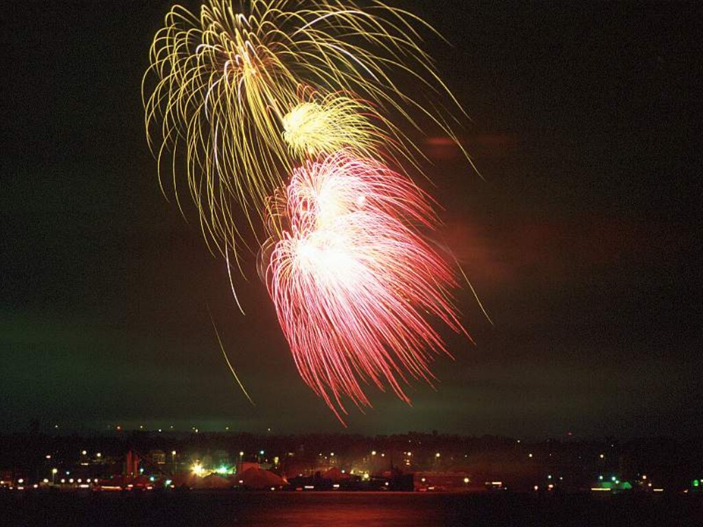 Fireworks Wallpaper Free: FREE God Wallpaper: Free Diwali Fireworks Wallpapers