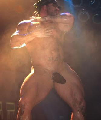 Bodybuilding striper gay sex kellan and