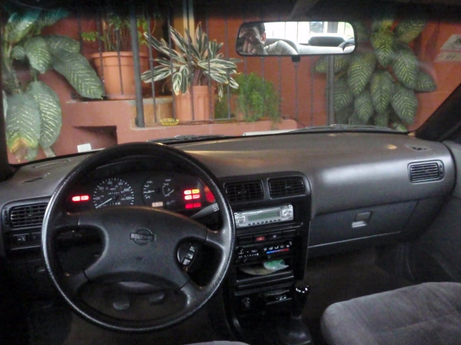 Vendo Nissan Sentra B13 Interior