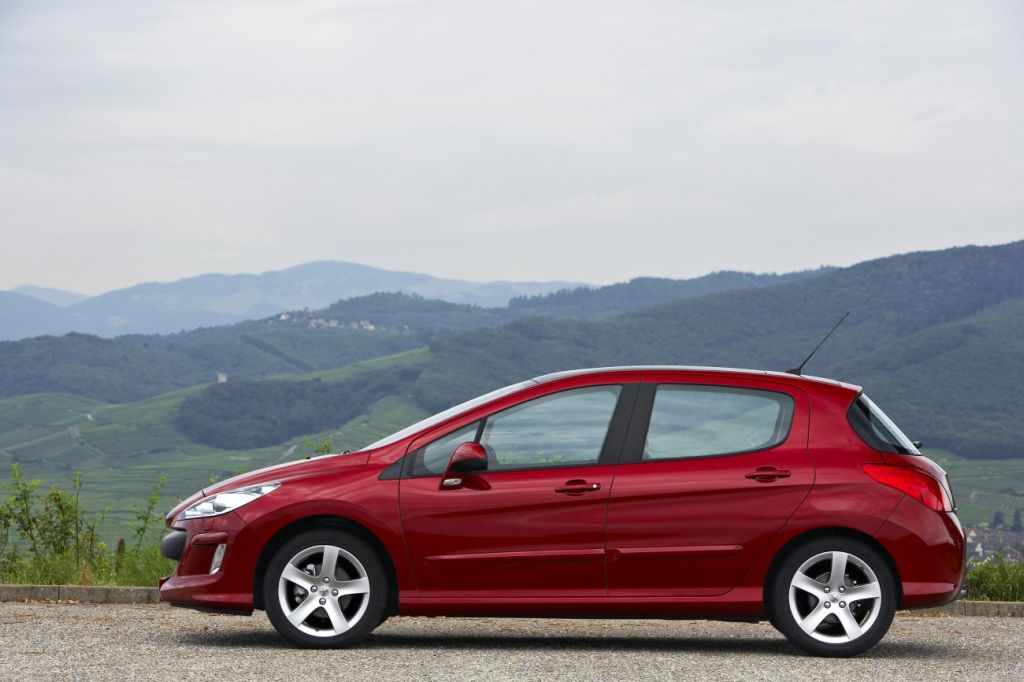 in4ride peugeot updates 308 hatch for 2010. Black Bedroom Furniture Sets. Home Design Ideas