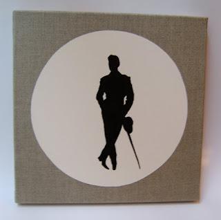 tableau lin et blanc avec silhouette peinte en noir homme en costume vintage
