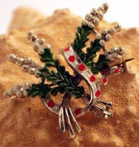 Scottish heather brooch by Exquisite