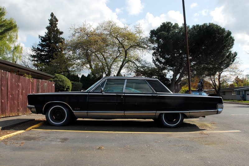 OLD PARKED CARS 1966 Chrysler New Yorker Brougham