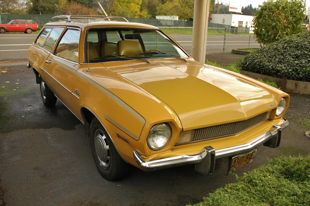 Old Parked Cars 1972 Ford Pinto 2 Door Wagon