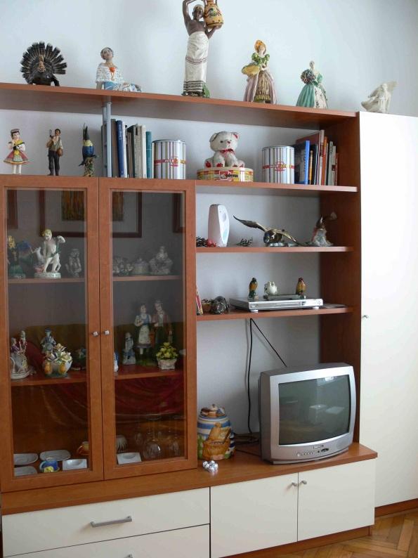 Mobili arredamento usato vendo milano mobile soggiorno for Parete attrezzata con divano